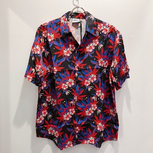 SSS WORLD CORP / SPACE WEED HIBISCUS SHORT SLEEVE SHIRT