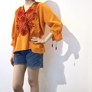 Orange Embroidered Top / オレンジ刺繍トップス