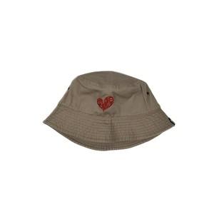 HEART LOGO BUCKET HAT / BEIGE