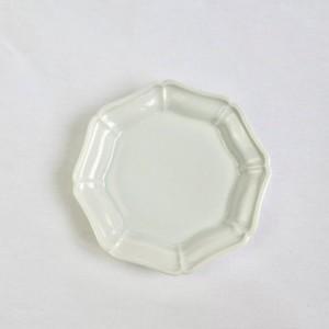 九谷の白 八角花皿 (05)