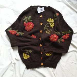 embroidery brown knit