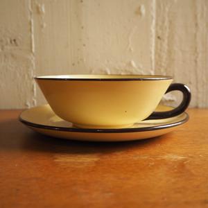 HBCMのカップ&ソーサー