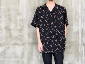 klanet shirt