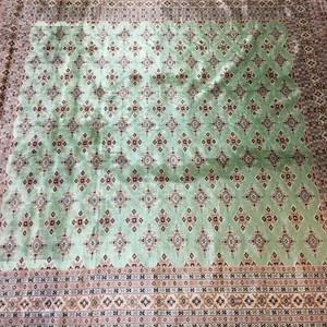 《全国送料無料》パキスタン絨毯 250×254 G