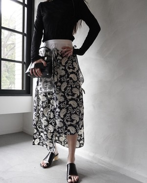 rokh / MIDI SKIRT WITH SCARF