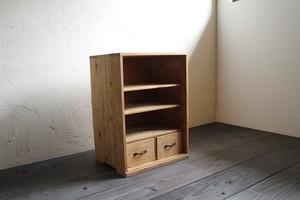 木製の引出し付き収納棚