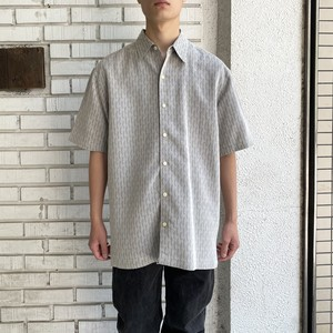 USED POLY RAYON PATERN S/S SHIRT