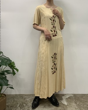 1980s MADE IN INDIA  raindrops rayon embroidery maxi one-piece 【M】
