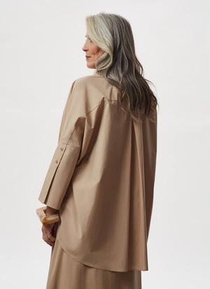 OVERSIZE SHIRT WITH ELBOW BUTTONED CUFFS