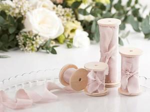 Blush Pink Silk Ribbon(手染め手裂きタイプ)幅1.5インチ ■木製スプール付 シルクリボン ブラッシュ ピンク