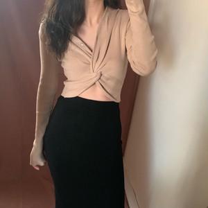 【トップス】無地Vネックファッションニットセーター
