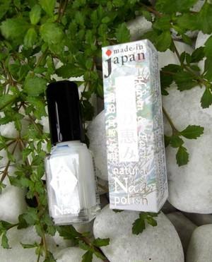 白雲友子&炭創「天然成分配合ネイル」卵殻膜/胡粉(ホタテ) Non toxic nail polish