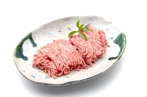 天然しか肉 ミンチ 300グラム(真空冷凍)