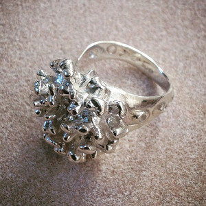 海からの贈り物 MAY RING 〈 lithophyllum 〉