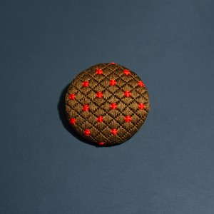 刺繍ブローチ|チョコチョコ
