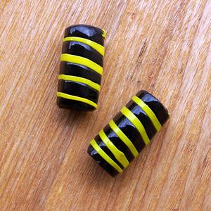 黄色と黒のストライプガーナビーズ[粒]