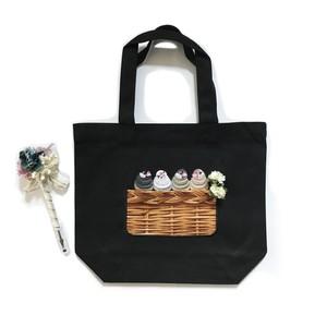 文鳥の刺繍トートバッグ