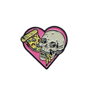 "No Fit State ピンバッジ ソフト エナメル ""Pizza Skull Pin"" AJ00602"