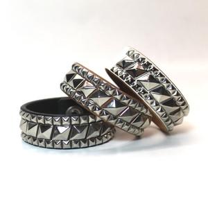 Studs wristband -Rhombus-