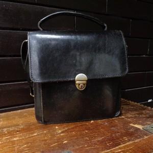 Leather Shoulder Bag / レザー ショルダー バッグ