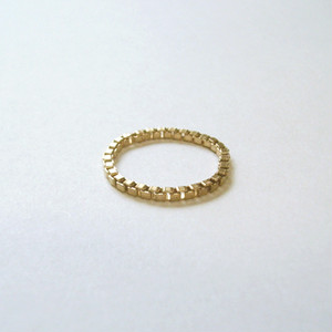 GOLD FINE CHAIN RING