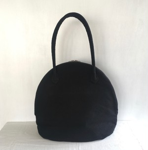 MARTAU. / shell bag S black