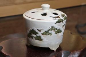 松に雪(Kyo-yaki&Kiyomizu-yaki Incense burner)