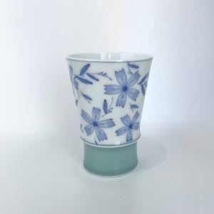撫子文様青磁掛け分けフリーカップ
