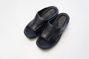 BENSAN-E SHARK SOLE -BLACK- / bench
