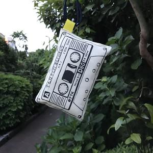 やわらかカセットテープ(小)白