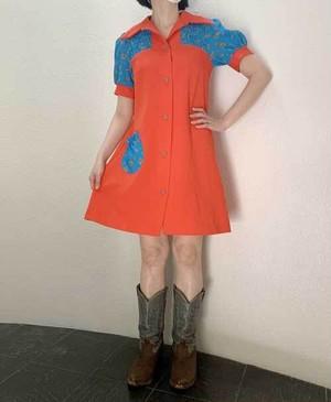 S~Lサイズ【アメリカ製古着】1960年代ヴィンテージ◆赤×ブルーに小花◆ふっくら袖◆ミニ丈ワンピース【中古】