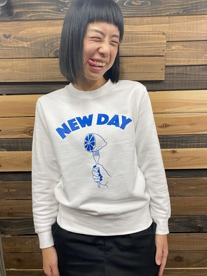 NEW DAY Sweat<White>