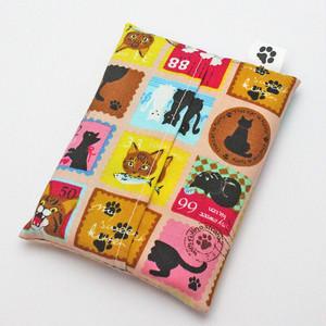 【ホワイトアンドピーチ】猫スタンプ柄ポケットティッシュケース【猫雑貨】