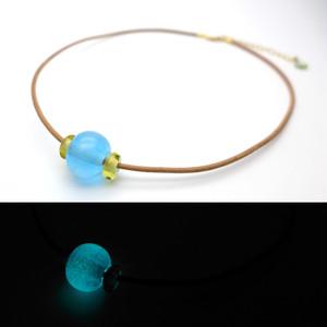 よあそび硝子 暗闇でふわっと光る とんぼ玉チョーカー 青 水色 ガラス  アクセサリー ハンドメイド