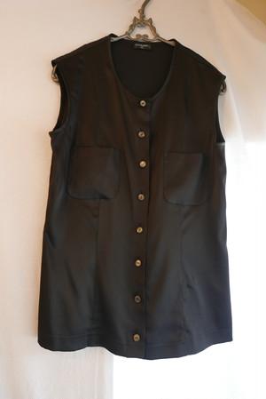CHANEL Sleeveless Silk Blouse Black