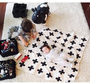 ブランケット★欧風モノトーンで人気のクロス!フワッフワ素材で赤ちゃんにもやさしいベビー毛布