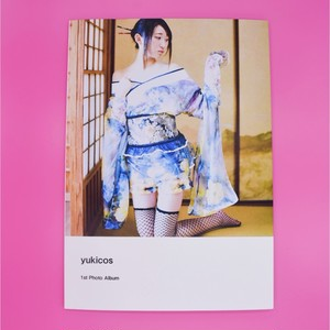 yuki 1st Photo Book  With Cheki and Signed