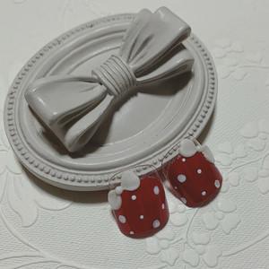 ペタっと貼るだけで本格的★ペディチップ 鉄板人気の赤ネイル