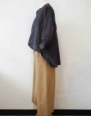 casual wide trousers