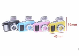 ミニチュアデジカメ LEDライト キーチェーン カラー4色