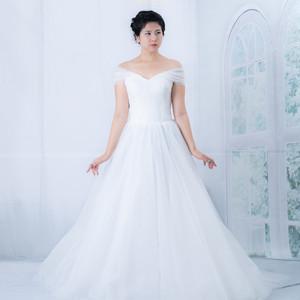プリンセスライン ウェディングドレス WD0672