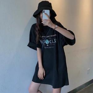 レトロレタープリントミドル丈Tシャツ S1895