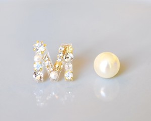 【M】Initial bijou pierce/earring