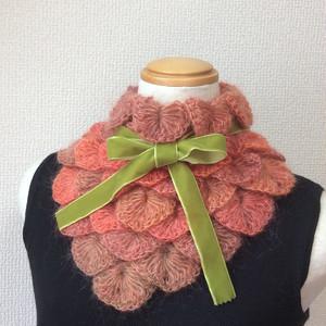 うろこ編みのサンカクミニマフラー オレンジ