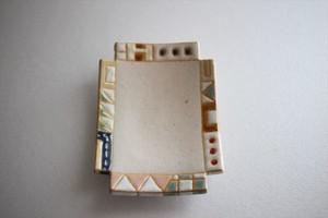 古川真紀子(撫菜花工藝)|幾何学模様角豆皿⑧
