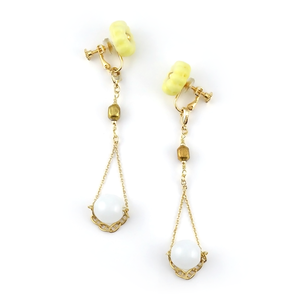 "【2way】 flower glass_vintage_earrings ""yellow crayon"" a004"