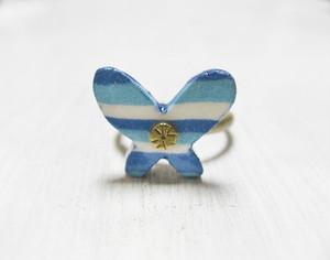 青いちょうちょのリング