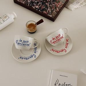 lettering tea cup saucer set 2colors / レッド ブルー レタリング コップ プレート フランス語 韓国 北欧 雑貨