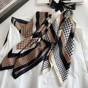 チェック柄スカーフ   A-042