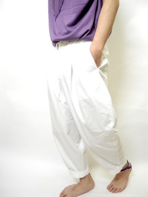 BONSURI  2Tuck Pants
